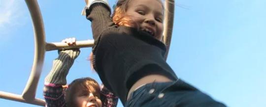 Educação Infantil: chega de números e letras. Na Finlândia, as crianças aprendem somente a brincar e a ser feliz.